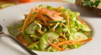 Овочевий салат під оливковою олією