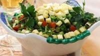 Овочевий салат із сиром