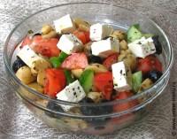Овочевий салат з шинкою і фетою