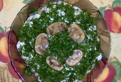Овочевий салат листковий «Грибний»