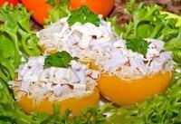 Персики, фаршировані куркою