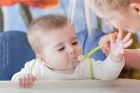 Перший прикорм малюка - один з головних кроків