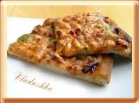 Піца з ковбасою