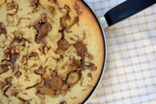 Пиріг банановий з шоколадом і горіхами