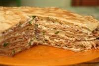 Млинцевий пиріг з рубаним м'ясом