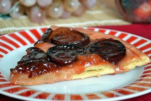 Пиріг зі сливами «Тарт Татен»