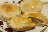 Пироги по-скандинавськи з лососем і картоплею