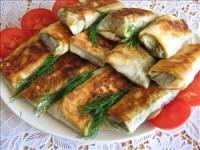 Пиріжки з лаваша зі шпинатом і яйцем