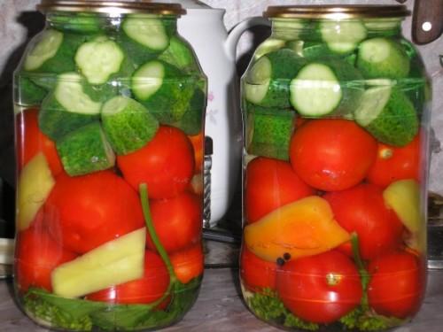 Помідори з огірками на зиму - рецепти консервування без стерилізації