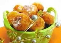 Сирні Пончики з начинкою з кураги
