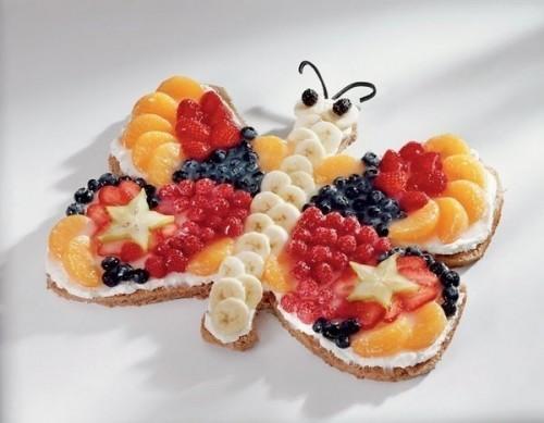 Святковий фруктовий торт «Метелик»