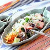 Пряний салат з фореллю норвезьких фіордів і