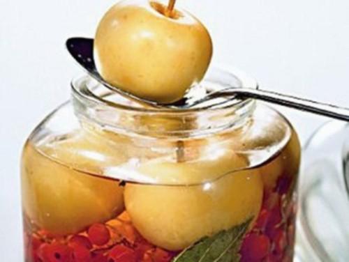 Проста яблучна заготовка