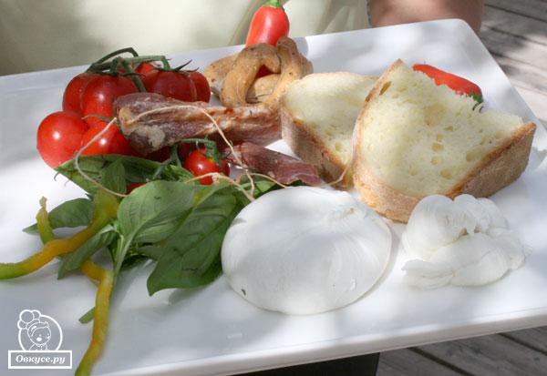 Подорож зі смаком по Італії. Виробництво сиру моцарелла і рікотта