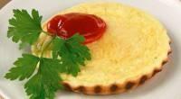 Пишна яєчня з сиром