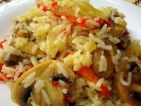 Рагу з грибів з картоплею, рисом в томатному соусі