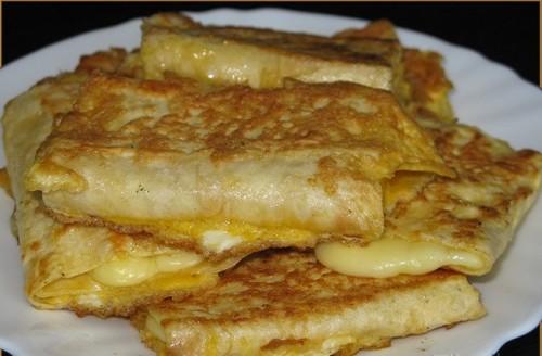 Рецепт смажених рулетиків з лаваша з сиром