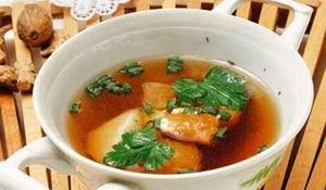 Рибний суп з петрушкою