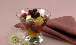 Салат фруктовий з кавуном