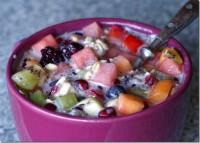Салат фруктовий з вівсяними пластівцями