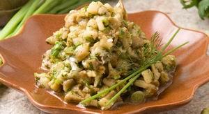 Салат з баклажанів, смажених на рожні