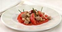 Салат з квасолі з тунцем