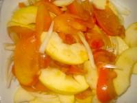 Салат з хурми з яблуками