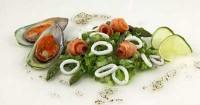 Салат з цикорію та морепродуктів