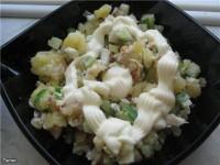 Салат з копченого сига і кускус