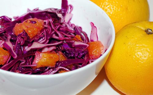 Салат з червоної капусти і апельсинів