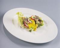 Салат з маринованої норвезької оселедця і корнішонів з гірчичним соусом