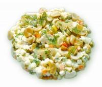 Салат з маринованих грибів з рибою