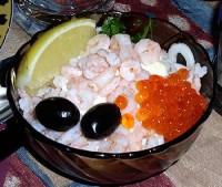 Салат з морепродуктів «Море в долонях»