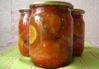 Салат з огірків, помідорів і перцю «Гострий»