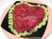 Салат з овочів з яблучком і кунжутом