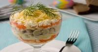 Салат з рибних кульок