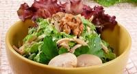 Салат зі спаржі з базиліком, грибами і пармезаном
