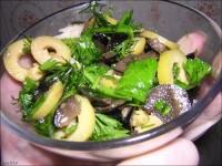 Салат із судака з оливками