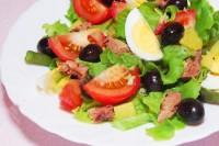 Салат з тунця «нікуаз»