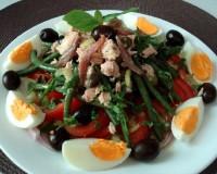 Салат з тунця з каперсами