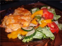 Салат з сиру і ананаса
