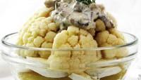 Салат картопляний з соусом з оселедця