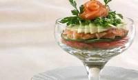 Салат-коктейль з горбушею