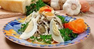 Салат м'ясний з редькою