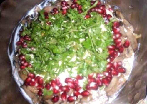 Салат новорічний овочевий «Шикаки»