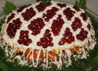 Салат новорічний з телятиною і грибами «Казка»
