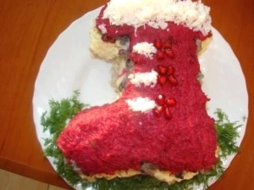 Салат новорічний «Чобіток Діда Мороза»