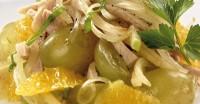 Салат «Поживний» зі свининою та фруктами
