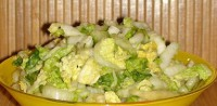 Салат пісний з капустою, огірками і соєвим соусом