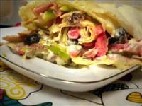 Салат з бужениною і куркою «Похідний»